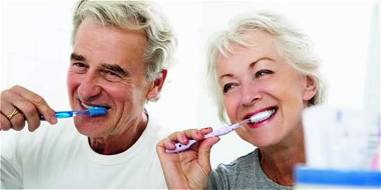 Salud bucodental para nuestros mayores